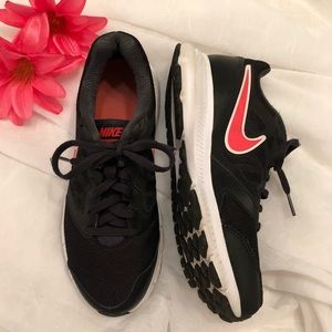 🌺Nike Womens Athletic Running Shoes🌺